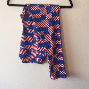 Lularoe vintage Americans TC leggings